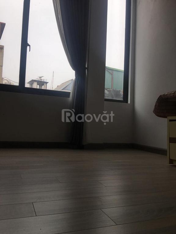 Bán gấp nhà phố Tôn Đức Thắng, diện tích 38m2, giá 2,7 tỷ