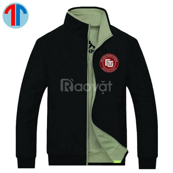 May đồng phục áo khoác dù theu yêu cầu tại TPHCM