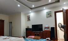 Bán nhà phố Nguyễn Khang, ô tô 4 chỗ đỗ cửa, 38m2, MT 5,5m, giá  3,6 t