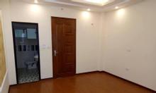 Bán nhà ngõ Hoa Bằng, MT 4.2m, 4 tầng, giá 3.3 tỷ