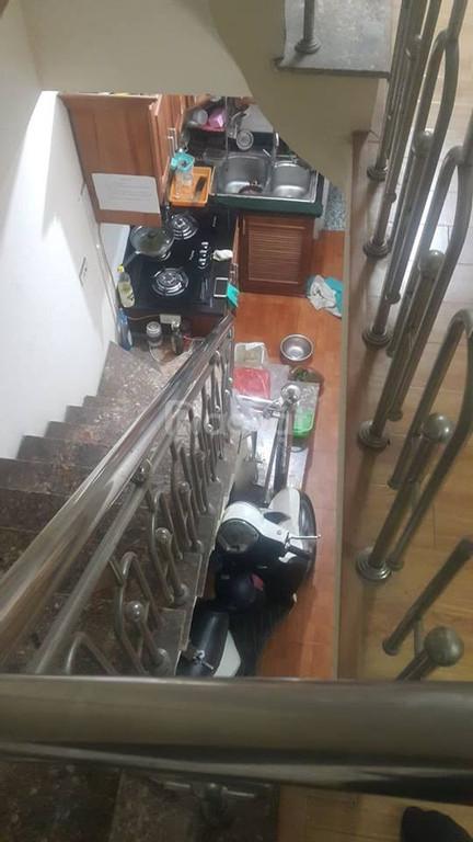 Bán gấp nhà 4 tầng Nguyễn Quý Đức, giá 2 tỷ