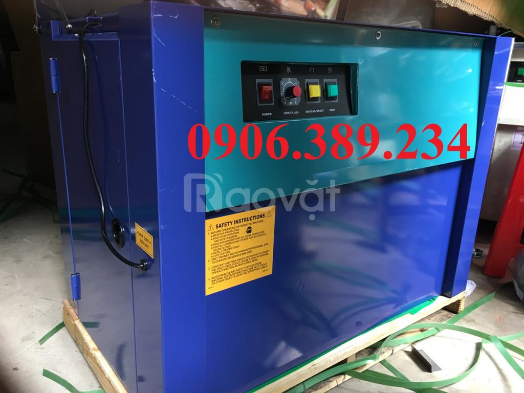 Máy đóng đai bán tự động nhập khẩu Đài Loan
