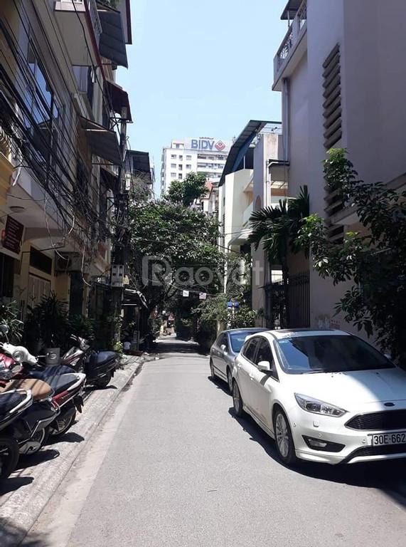 Ô tô tránh, vỉa hè, làm gì cũng đỉnh phố Huỳnh Thúc Kháng, 90m2, MT 8m