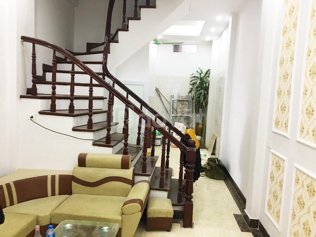 Chính chủ Bán nhà ngõ 456 Xuân Đỉnh, Gần trường, đường ô tô, DT 40m2 xây 5 tầng, 2.7 tỷ