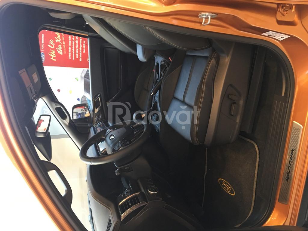 Ranger Wildtrack tự động, 2 cầu, động cơ diesel turbo kép