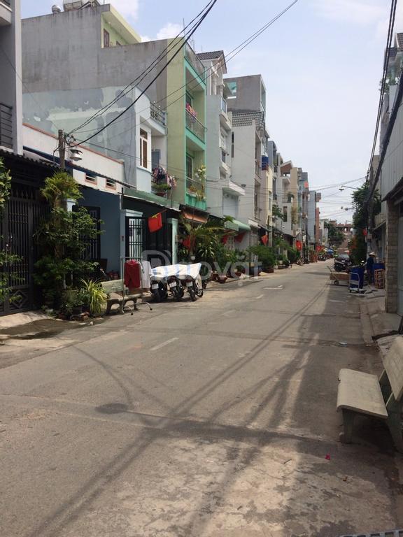 Nhà mặt tiền đường số 12 Lê Văn Quới, căn 2 mặt tiền, 3,5x11
