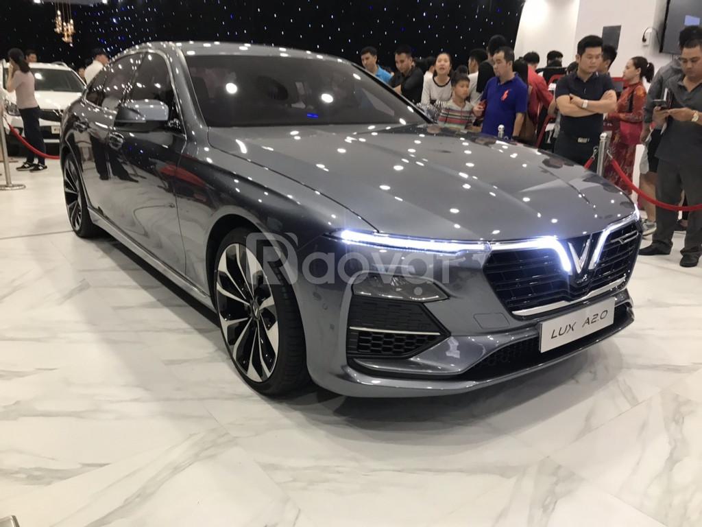 Vinfast Lux A2.0 động cơ BMW giá ưu đãi