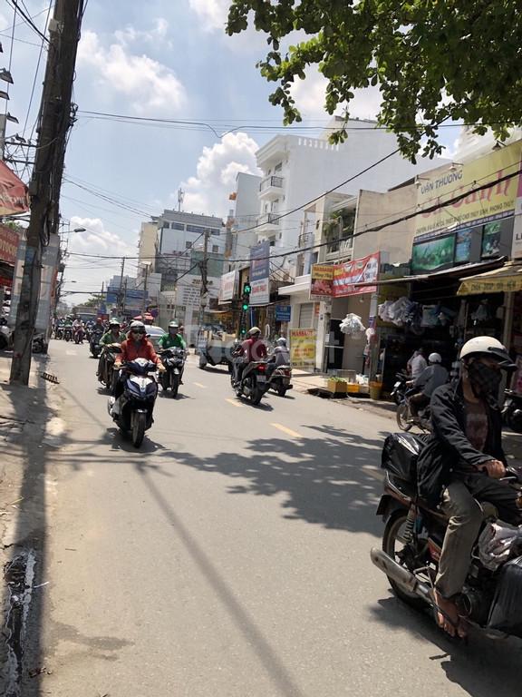 Bán nhà mặt tiền TKTQ sát ngã 3 Sơn Kỳ, vị trí kd sầm uất.