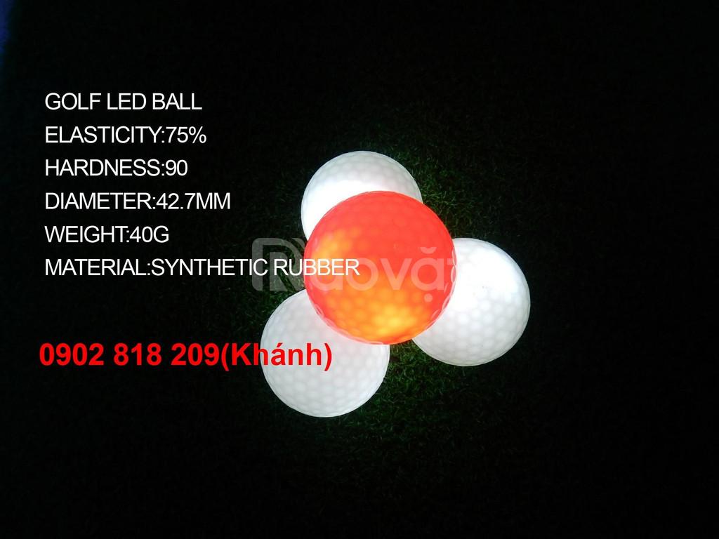 Banh golf phát sáng - phát minh golf ý nghĩa