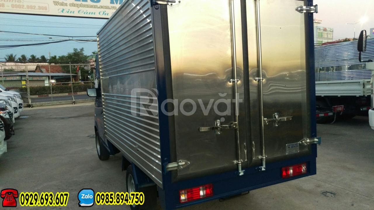 Mua xe Dongben trả góp – Dongben 870kg thùng kín | máy lạnh, kính điện