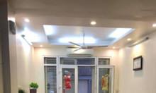 Bán nhà phố Tây Sơn, Đống Đa giá 4 tỷ ( 5 tầng, 3 phòng ngủ)