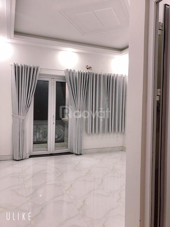 Cho thuê nhà mặt tiền tiện kinh doanh spa, văn phòng, diện tích 4x15m