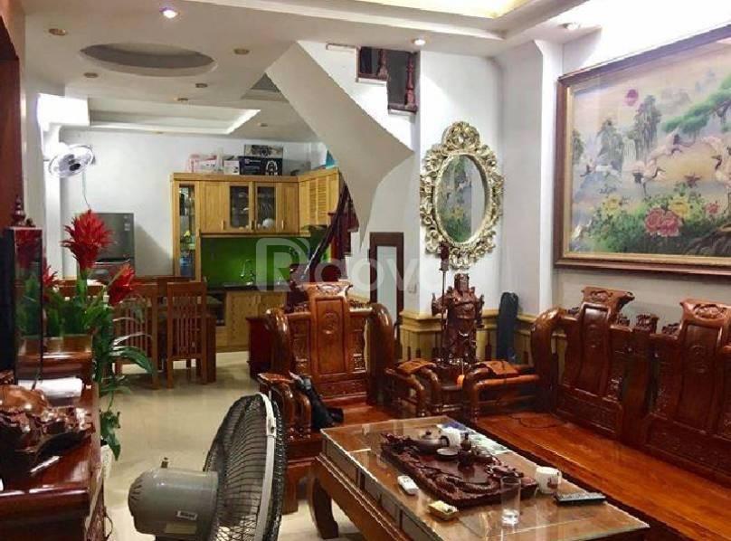 Bán nhà đẹp, gần đường ô tô phố Tây Sơn – 5 tầng, 3 p.ngủ,