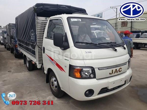 Xe tải JAC 990kg máy xăng trả trước 40 triệu.