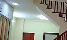 Bán nhà tại ngã tư Lê Thanh Nghị, Mặt tiền 4,4m. 3.3tỷ.