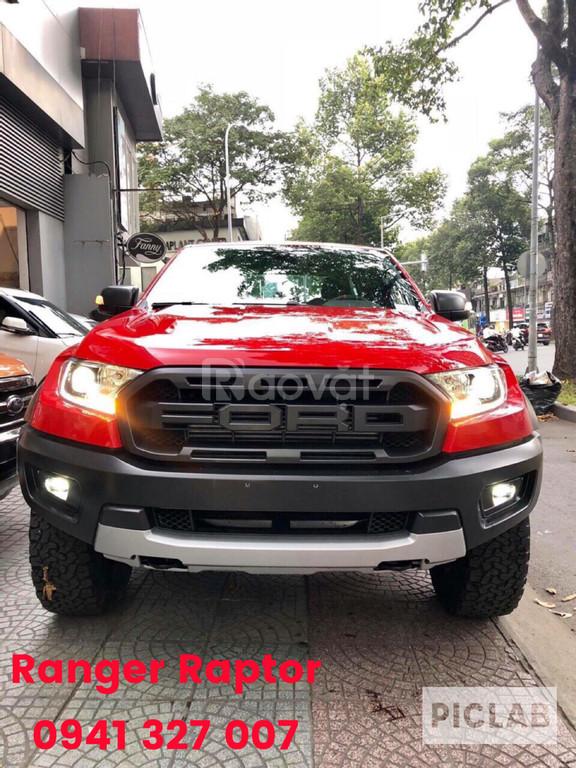 Ranger Raptor bán tải