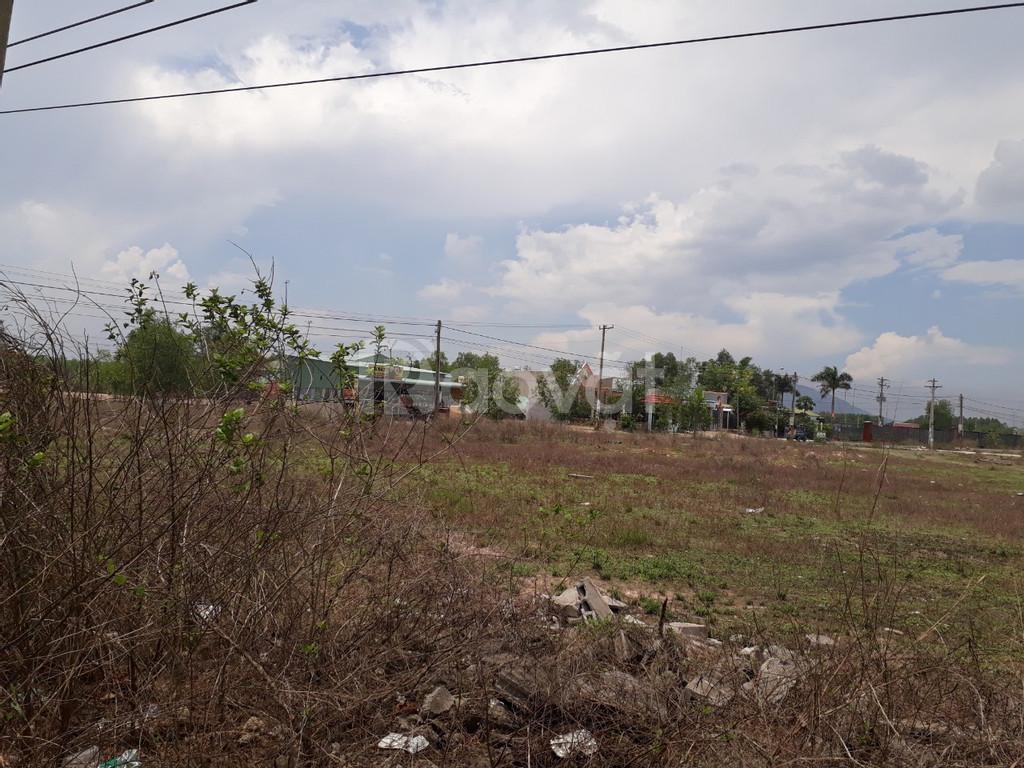 Bán đất rẻ, rẻ bèo 600m2 chỉ 1.9 triệu /m2 Mỹ Xuân, Phú Mỹ, BRVT