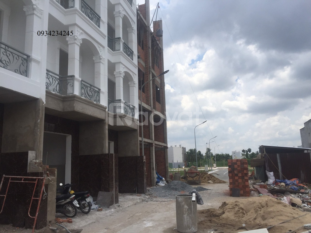 Nhà mới xây 1 triệt 3 lầu 50m2 Nguyễn Ảnh Thủ 2tỷ