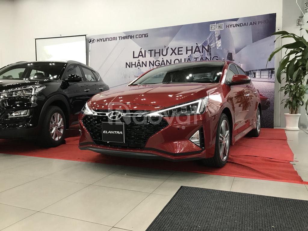 Hyundai Elantra 2019, xe giao ngay, trả góp tại Hyundai An Phú