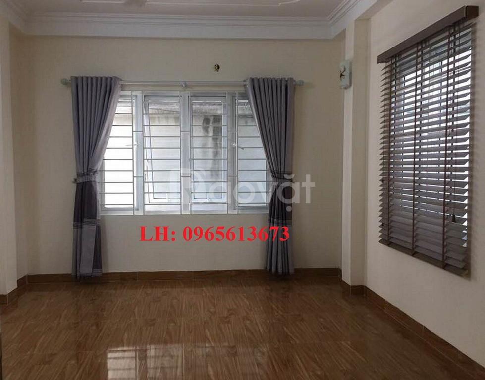 Bán nhà đẹp ở luôn 5 tầng tại Huỳnh Thúc Kháng, DT:33m2.