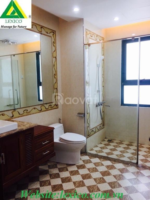 Cho thuê căn hộ cao cấp với 3 phòng ngủ lớn -194 m2 tại TD Plaza