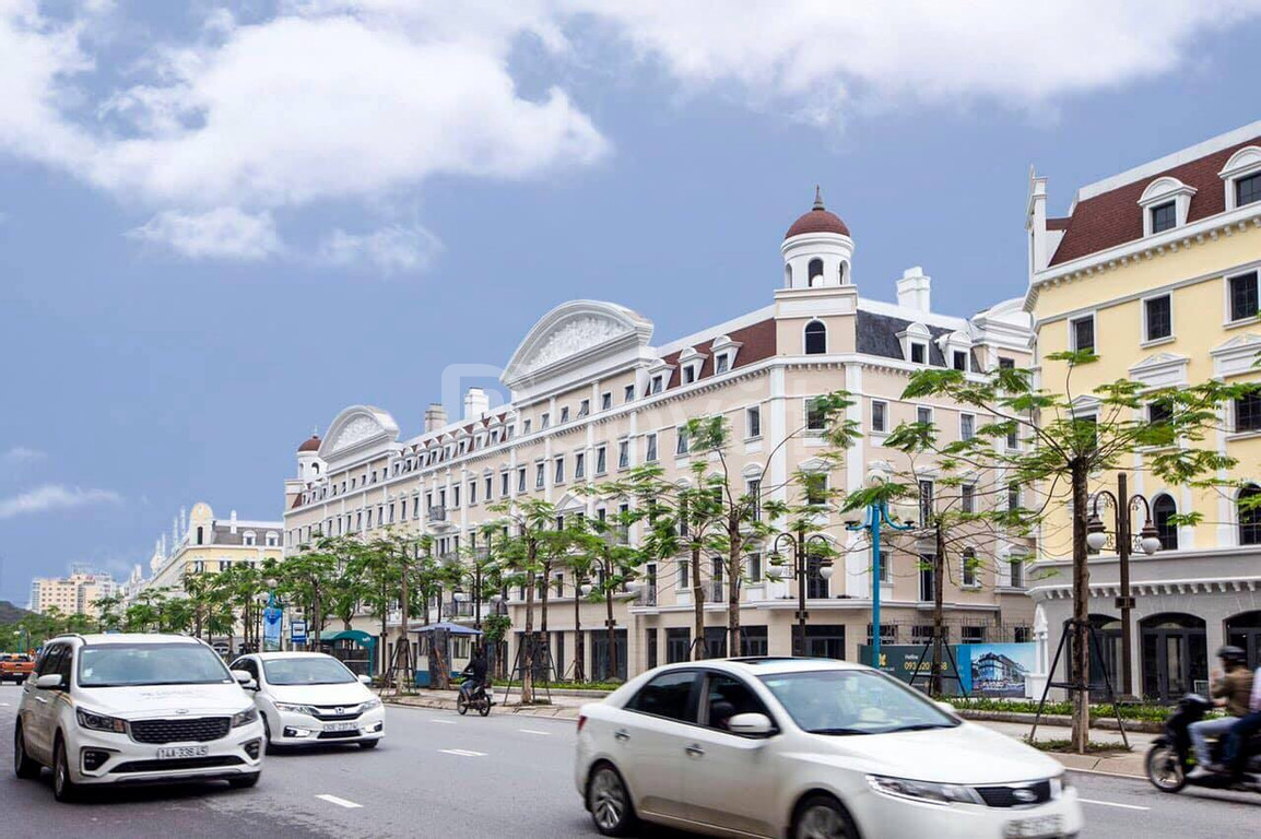 Shophouse Sun Plaza