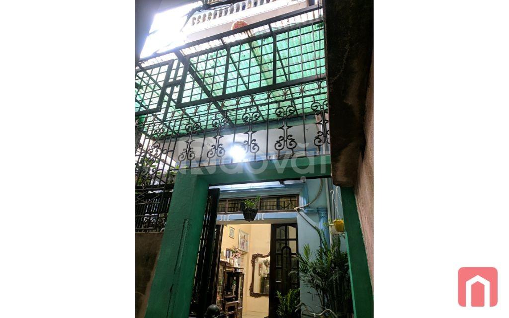 Gia đình cần bán nhà trong ngõ Trần Hưng Đạo, TP Nam Định. (ảnh 1)
