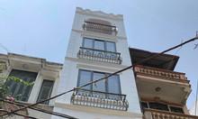 Bán nhà riêng Hoàng Đạo Thành 32m2 x 5 tầng, mt 3,3m giá 4,5 tỷ sđcc