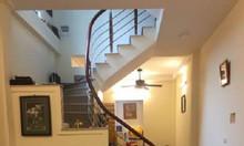 Bán nhà riêng gần phố Giảng Võ 45m2, 4 tầng, 40m ra ô tô
