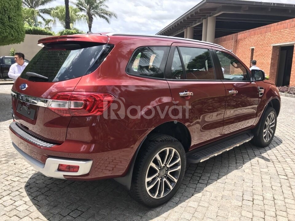Ford Everest Ambient AT giao ngay đủ màu