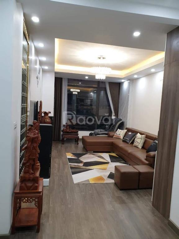 Bán nhà Đường Lê Văn Lương dt 54m2 mt 5m xây 5 tâng gara ô tô KD