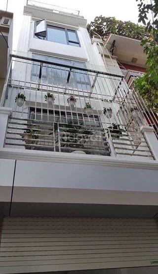 Bán nhà Lê Thanh Nghị, đẹp, ngõ rộng thoáng, giá 3,98 tỷ