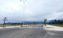 Bán 3 suất Ngoại giao đường 33m Golden Hill giá rẻ 30tr/m2 hạ tầng100%
