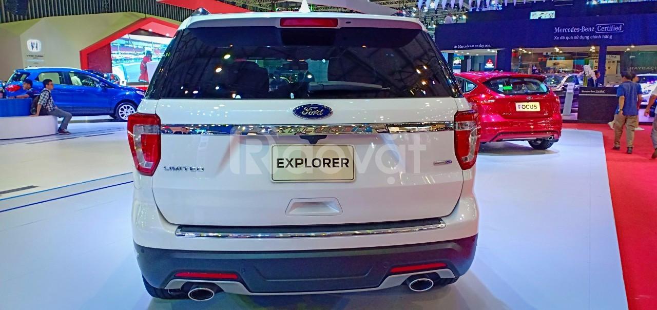 Ford Explorer, giá tốt, tặng ngay quà tặng giá trị