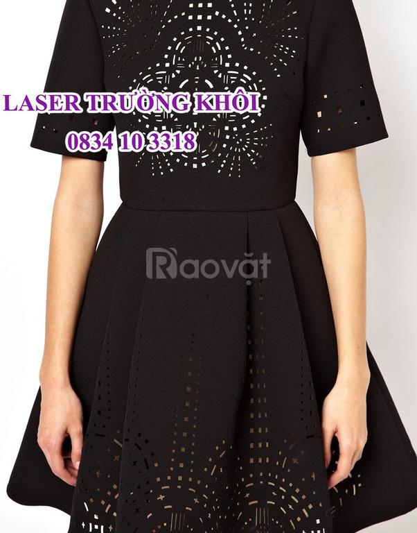 Cắt laser áo đầm thời trang nhanh rẻ đẹp