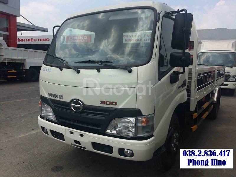 Xe tải Hino 4 tấn - 4T thùng lửng XZU720L