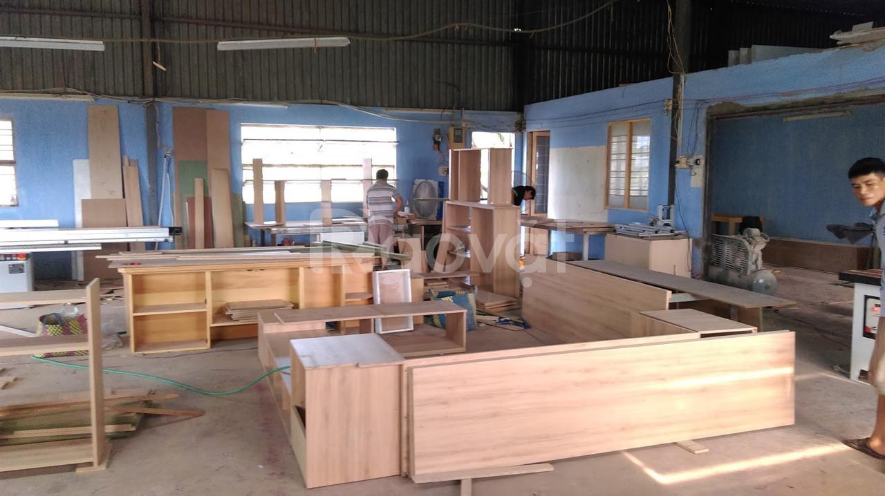 Tuyển thợ mộc gỗ công nghiệp