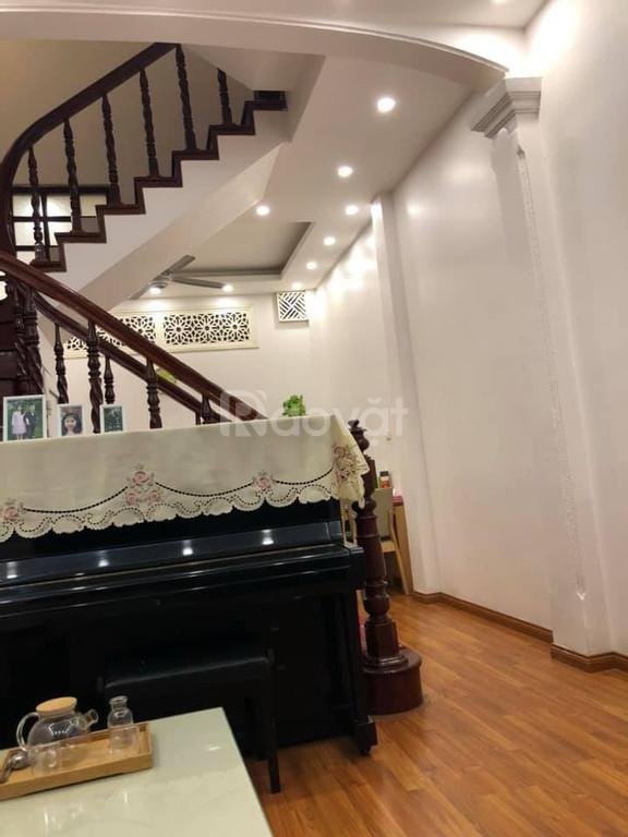 Bán nhà ngõ 61 Khúc Thừa Dụ, Cầu Giấy, 40m2, 5 tầng, mt 4,1m