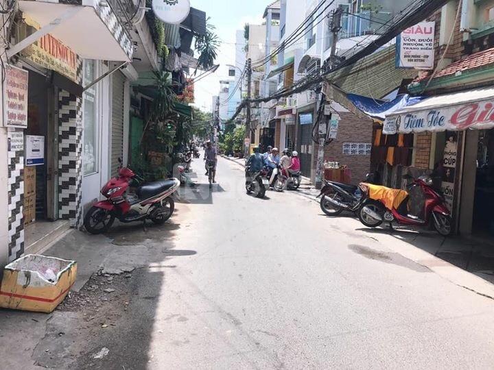 Bán nhà 89m2 Lê Tự Tài, Phú Nhuận, HXH, 7.75 tỷ thương lượng