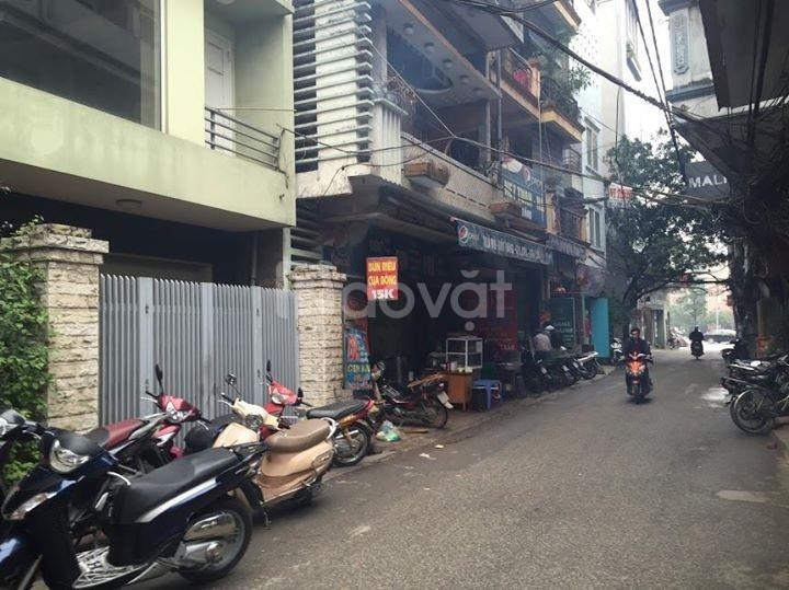 Cho thuê nhà đẹp mặt ngõ đường Láng – Láng Thượng- ô tô tránh nhau