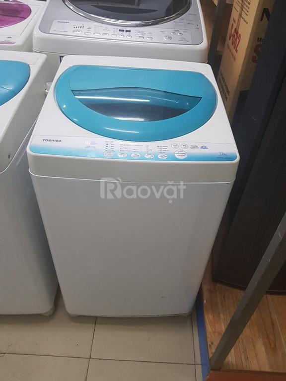 Máy giặt Toshiba 7,2kg mới 89%
