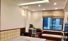 Nhà đẳng cấp phố Trần Quang Diệu khu vực công viên 1/6 6 tầng