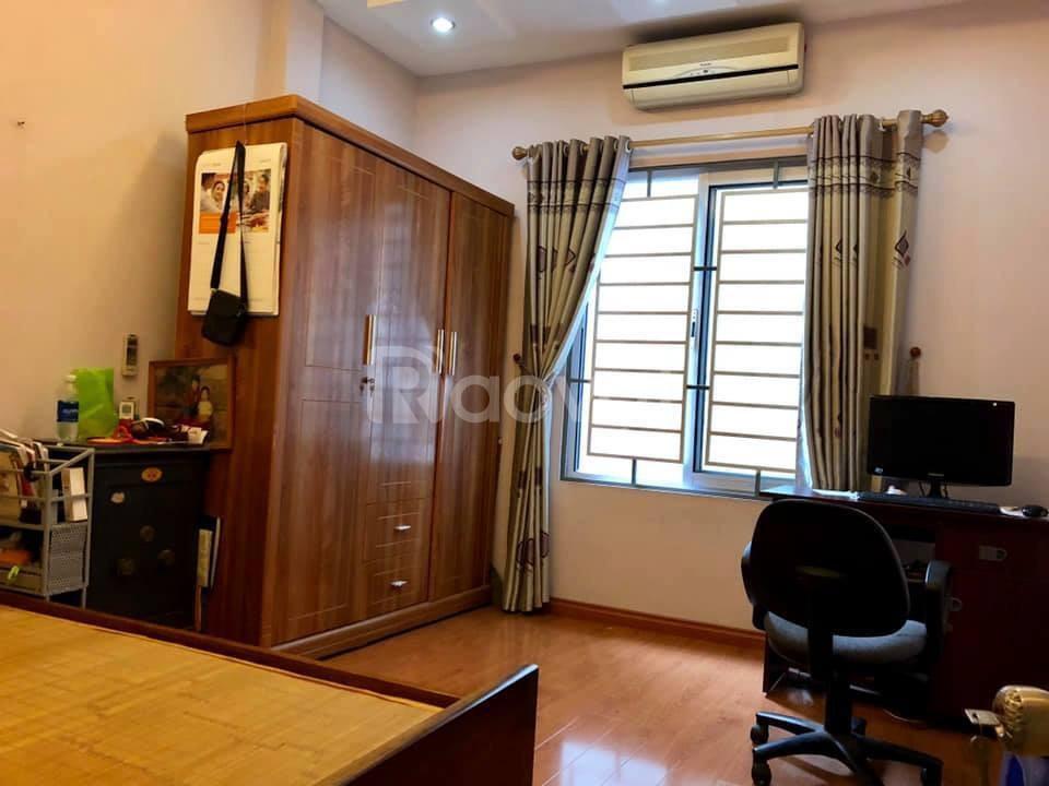 Bán nhà Nguyễn Khang  bệt thự mini.
