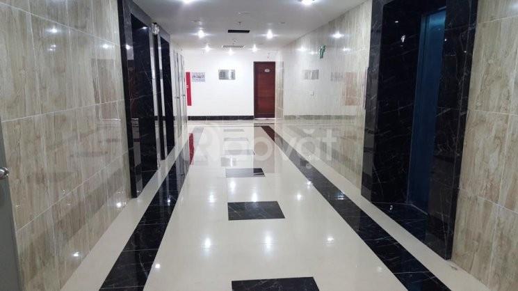 Cho thuê căn hộ 60 Hoàng Quốc Việt, giá 10 tr/th, 117m2, gồm 3 ngủ