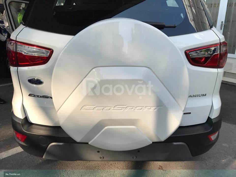 Ford Ecosport, tặng ngay bảo hiểm, phụ kiện hoặc giảm tiền mặt