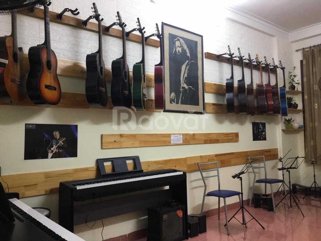 Dạy Guitar và Piano ngã tư sở