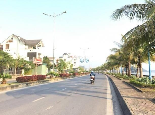 Bán biệt thự bao biển cột 3- Hạ Long