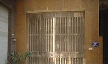 Bán nhà rộng rãi ngõ 31 Phan Đình Giót, yên tĩnh dân trí cao