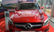 Mercedes glc 300 đỏ mới 100% 2019 tặng pk chính hãng