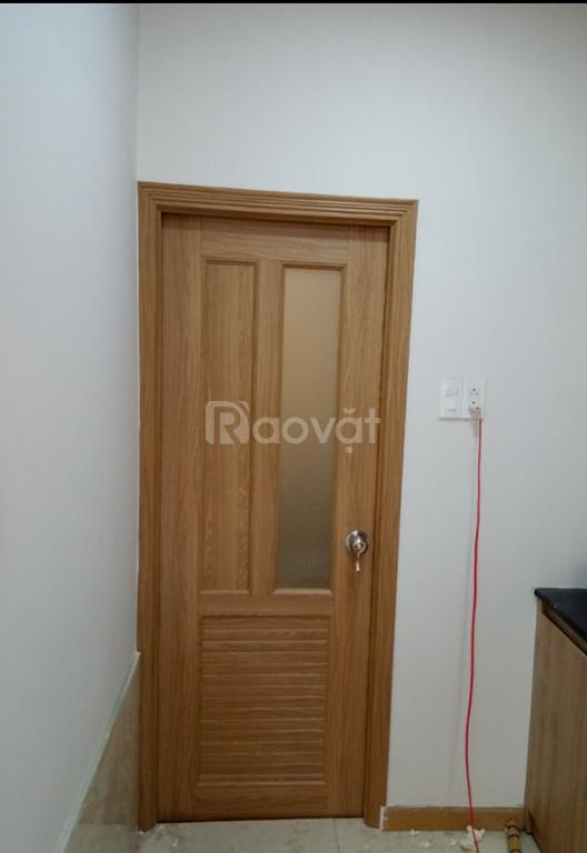 Chuyên cung cấp cửa nhựa giả gỗ, cửa vân gỗ